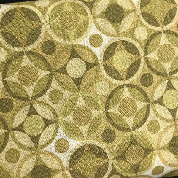 Tonal Straw and green geometric circles
